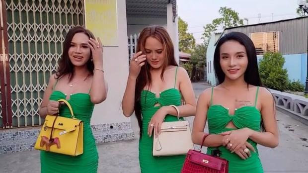Xuất hiện 3 vị khách VIP tự nhận đã mua túi Hermes mà Ngọc Trinh thanh lý, sự thật là gì? - Ảnh 3.