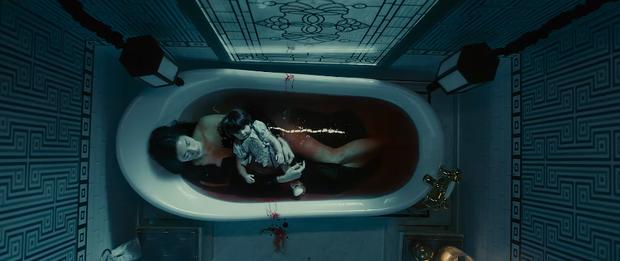 Trúc Anh ham hư danh, lăn giường với bồ Salim ở trailer Thiên Thần Hộ Mệnh - Ảnh 10.