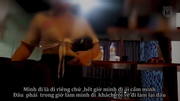 Thâm nhập thế giới massage sung sướng ở Hà Nội - Kỳ 2: Các nữ nhân viên khỏa thân bơi, nhảy và kích dục cho khách, giá cao nhất 10 triệu đồng - Ảnh 6.