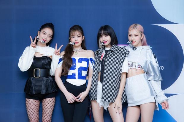 Knet hoang mang khi ITZY tung poster comeback trước cả tháng, chê JYP ám ảnh với thị trường Mỹ vì giờ phát hành bắt chước BTS, BLACKPINK - Ảnh 4.