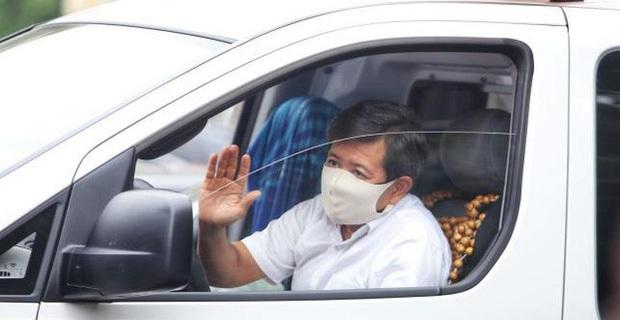NS Việt Hương: Bất kể giờ nào anh Đoàn Ngọc Hải đi trên đường, muốn cho tiền ai nhưng không có sẵn tiền mặt thì cứ gọi cho tôi - Ảnh 4.