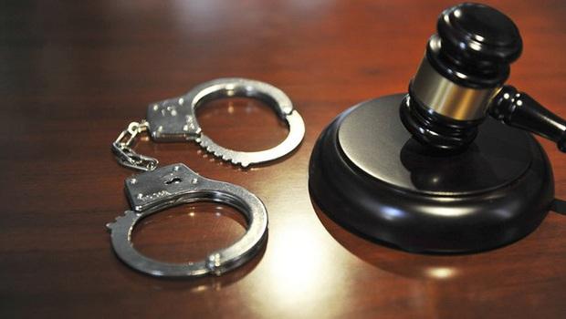 Nữ cảnh sát 27 tuổi quan hệ bất chính với 9 người đàn ông cùng một lúc rồi tống tiền, danh tính loạt người yêu cũ gây chấn động MXH - Ảnh 2.