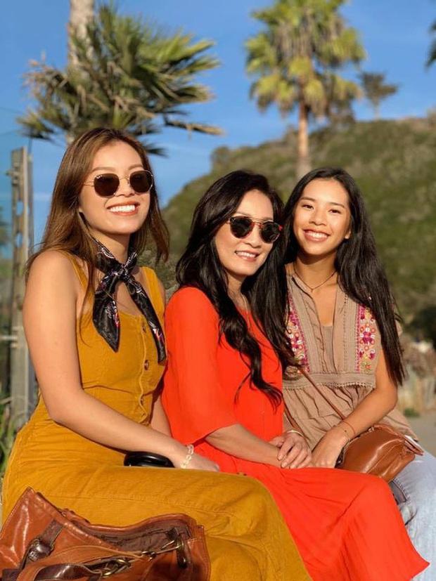 Hai cô con gái kín tiếng nhà Quang Minh - Hồng Đào: Xinh đẹp, chuẩn con nhà người ta với học lực cực đỉnh - Ảnh 2.