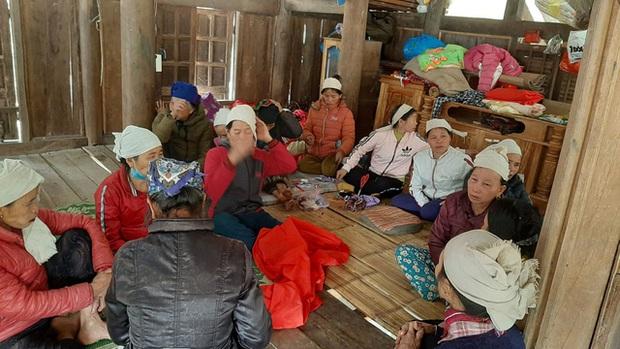 Vụ tai nạn thảm khốc khiến 7 người tử vong: Những tiếng khóc đau đớn vang khắp bản làng - Ảnh 6.