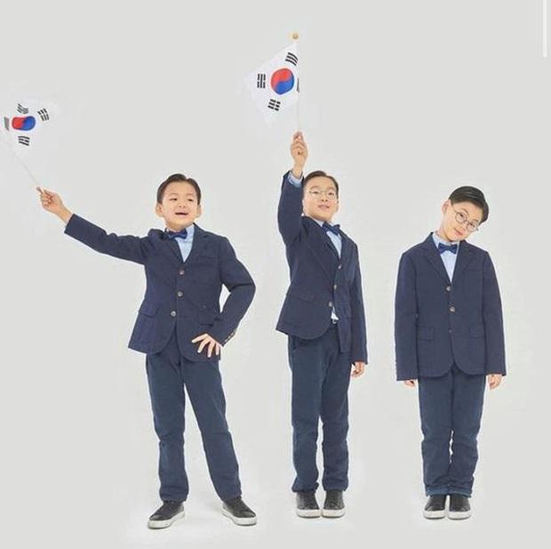 Daehan, Minguk, Manse lớn phổng phao ở sinh nhật 9 tuổi, dự đoán sẽ cao tới 1m85! - Ảnh 9.