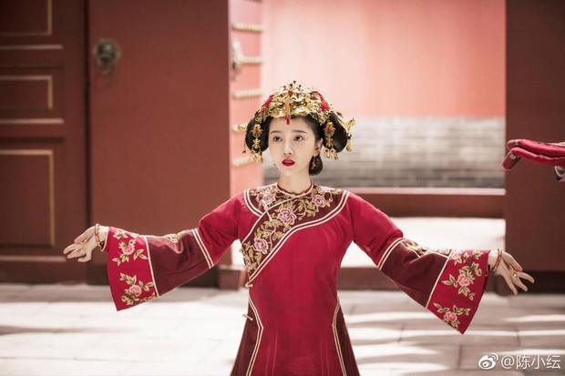 Nô tỳ gây thương nhớ ở Như Ý Truyện bỗng nổi nhất showbiz Trung vì thái độ hỗn láo với Thiên hậu Hong Kong - Ảnh 7.