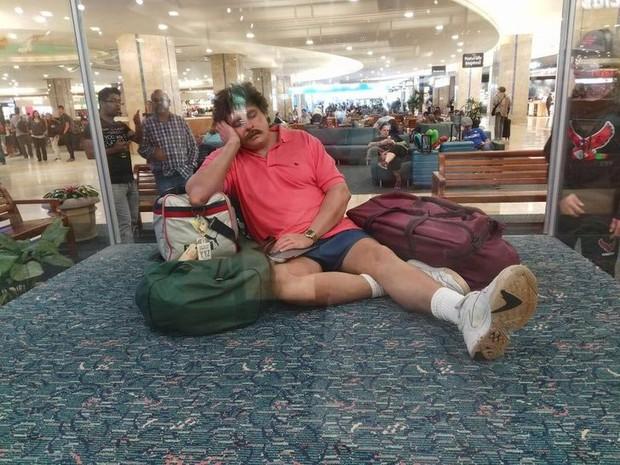 Xỉu up xỉu down với những hình ảnh siêu quái lạ được chụp lại ở sân bay, trường hợp cuối mới là gây sốc nhất - Ảnh 2.