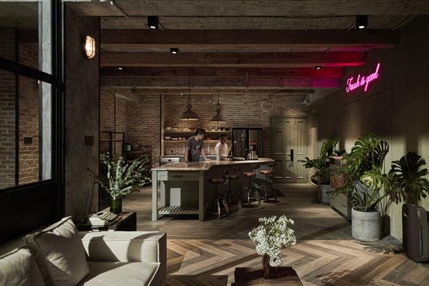 Penthouse 3 tầng của vợ chồng Khởi My - Kelvin Khánh: Độ đầu tư gây choáng, riêng phòng bếp chất như quán cafe - Ảnh 3.