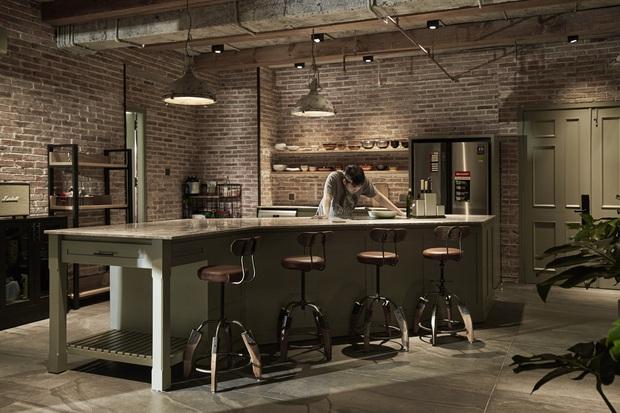 Penthouse 3 tầng của vợ chồng Khởi My - Kelvin Khánh: Độ đầu tư gây choáng, riêng phòng bếp chất như quán cafe - Ảnh 4.