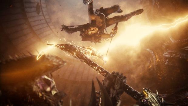 Justice League bản mới đại thắng trước bom tấn của Marvel, con ghẻ hóa con cưng phục thù cho DC quá ngoạn mục! - Ảnh 5.