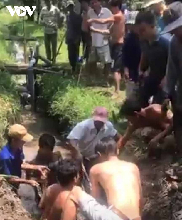 Một người chui vào ống cống thoát nước bị ngạt thở tử vong - Ảnh 1.