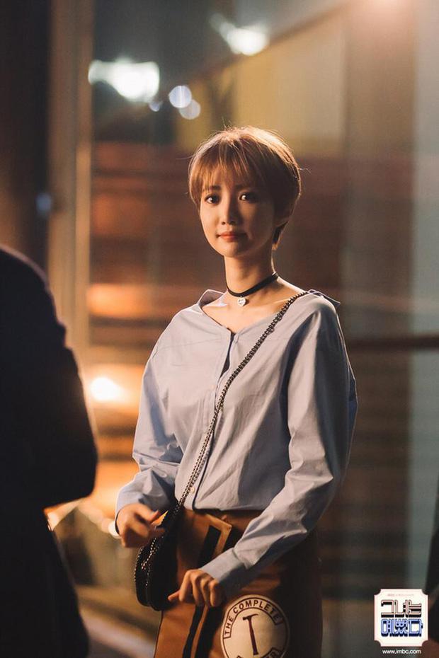 9 nàng nữ phụ gây mê cực mạnh ở phim Hàn: Tình đầu Kwon Nara từng khiến cả MXH chia phe tranh cãi - Ảnh 5.