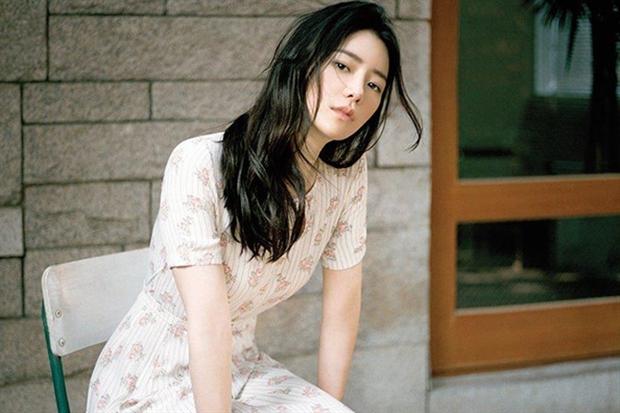 9 nàng nữ phụ gây mê cực mạnh ở phim Hàn: Tình đầu Kwon Nara từng khiến cả MXH chia phe tranh cãi - Ảnh 6.