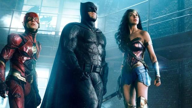 Tầm nhìn và tài năng của Zack Snyder khủng đến thế nào để một tay thiết lập cả vũ trụ DC? - Ảnh 3.