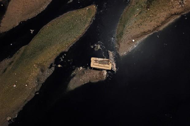 Những hình ảnh cho thấy ô nhiễm nước - vấn đề cả thế giới phải đối mặt đang kinh hoàng đến mức nào - Ảnh 10.