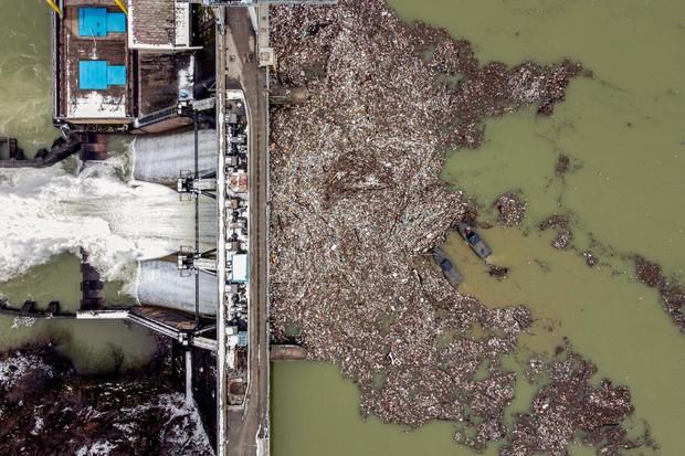 Những hình ảnh cho thấy ô nhiễm nước - vấn đề cả thế giới phải đối mặt đang kinh hoàng đến mức nào - Ảnh 2.