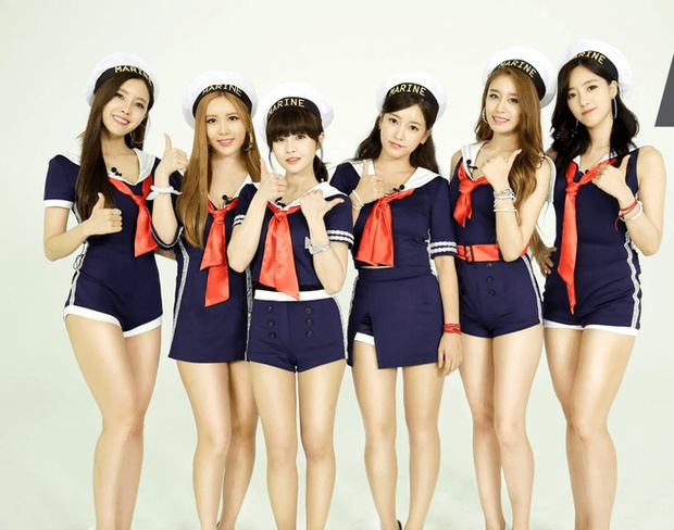 4 thành viên T-ara hội ngộ, Jiyeon tiết lộ chuyện giấu điện thoại vào áo lót vì bị cấm sử dụng - Ảnh 4.