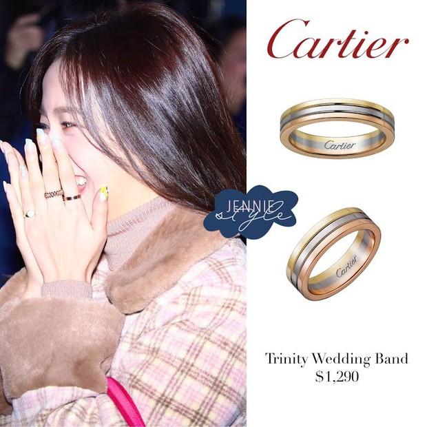 Nữ thần Jisoo (BLACKPINK) lúc nào cũng đeo 1 chiếc nhẫn, phải chăng có ẩn tình gì với người tặng quà đặc biệt này? - Ảnh 4.