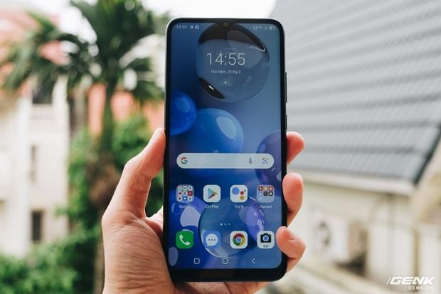 Trên tay Vsmart Star 5: Smartphone duy nhất trong tầm giá có eSIM kèm gói 4G miễn phí - Ảnh 8.