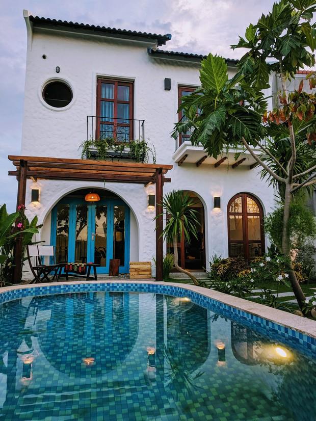 KTS chi gần 2 tỷ cải tạo căn nhà cũ cấp 4 thành nơi nghỉ dưỡng ở Hội An, bể bơi được đầu tư với chi phí khủng - Ảnh 2.