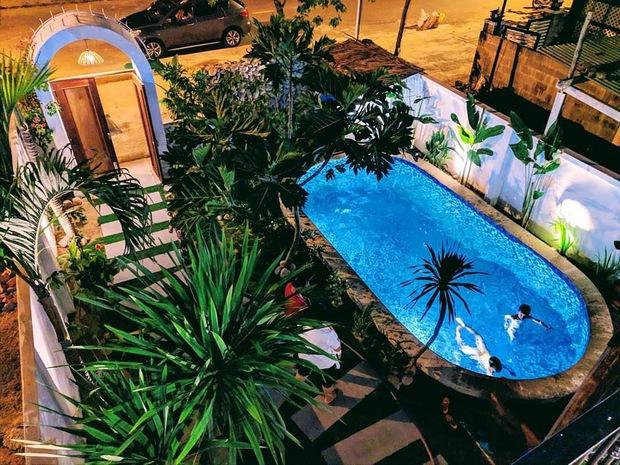 KTS chi gần 2 tỷ cải tạo căn nhà cũ cấp 4 thành nơi nghỉ dưỡng ở Hội An, bể bơi được đầu tư với chi phí khủng - Ảnh 5.