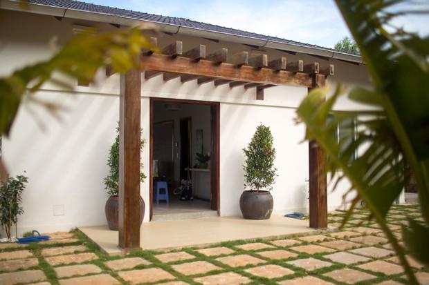 Lấy vợ Việt, chồng Pháp xây nhà 3 tỷ trên mảnh đất rộng 2500m2 tại Phú Quốc, sống sướng như ở resort - Ảnh 3.