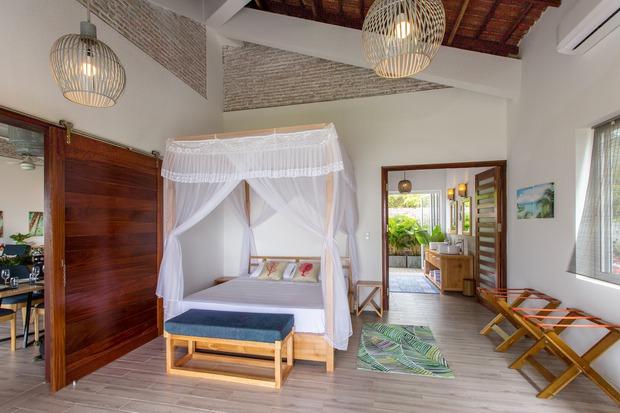 Lấy vợ Việt, chồng Pháp xây nhà 3 tỷ trên mảnh đất rộng 2500m2 tại Phú Quốc, sống sướng như ở resort - Ảnh 13.