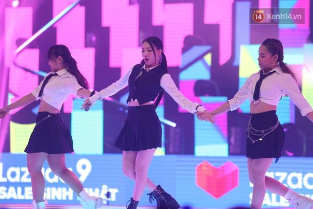 AMEE tự tin diễn bài hit có thêm đoạn dancebreak cực hăng nhưng nhìn rất là giống vũ đạo SOLO của Jennie luôn! - Ảnh 4.