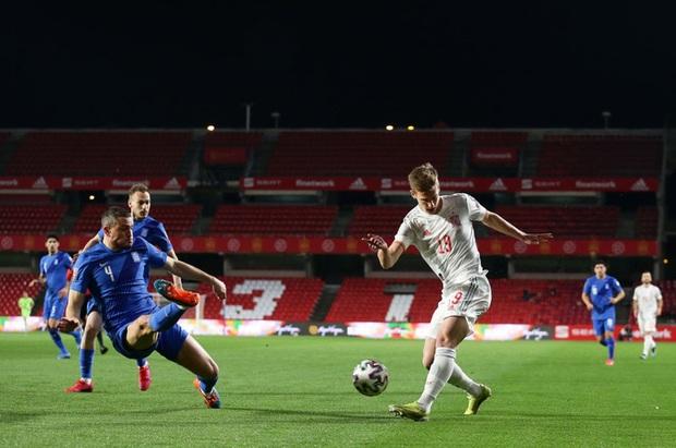 Thi đấu trên cơ hoàn toàn, Tây Ban Nha vẫn chia điểm với Hy Lạp ngay trận đầu vòng loại World Cup 2022 - Ảnh 1.