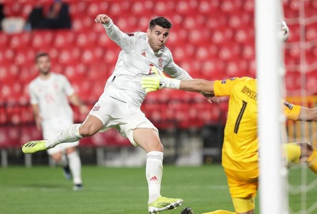 Thi đấu trên cơ hoàn toàn, Tây Ban Nha vẫn chia điểm với Hy Lạp ngay trận đầu vòng loại World Cup 2022 - Ảnh 2.