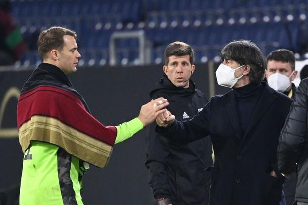 Tuyển Đức thắng dễ trận mở màn vòng loại World Cup 2022, mặc áo phản đối nhân quyền ở nước chủ nhà Qatar - Ảnh 1.