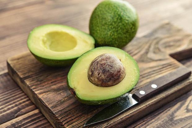 Hóa ra 5 loại quả này gây tăng cân nhanh hơn bạn nghĩ: Ăn quá nhiều sẽ tích mỡ bụng, hại làn da - Ảnh 2.