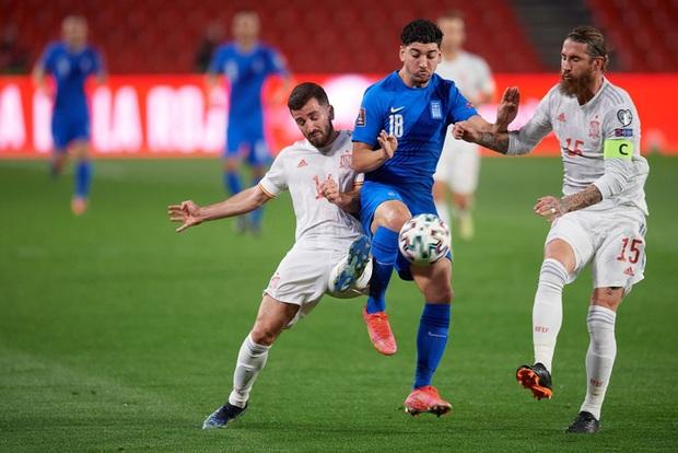 Thi đấu trên cơ hoàn toàn, Tây Ban Nha vẫn chia điểm với Hy Lạp ngay trận đầu vòng loại World Cup 2022 - Ảnh 3.