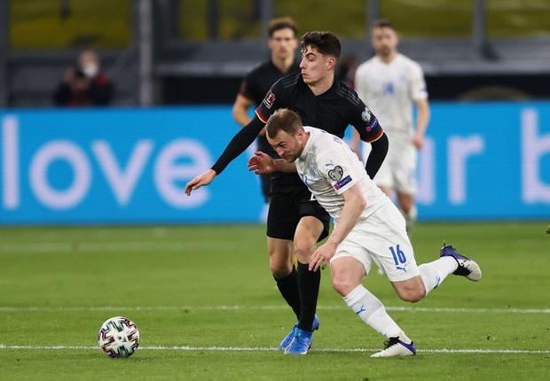Tuyển Đức thắng dễ trận mở màn vòng loại World Cup 2022, mặc áo phản đối nhân quyền ở nước chủ nhà Qatar - Ảnh 6.