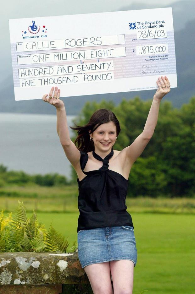 """Bất ngờ trúng số 60 tỷ đồng khi mới 16 tuổi, cô gái may mắn gây sốc với cuộc đời toàn bi kịch về sau, chỉ ước chưa từng giàu"""" - Ảnh 1."""