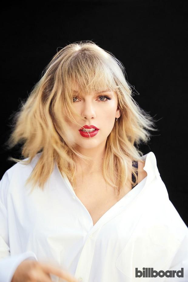Cảnh nóng trong các MV của Taylor Swift: Lả lướt cùng mẫu nam nhưng vẫn chưa bằng cảnh quay trần như nhộng gây sốc - Ảnh 1.