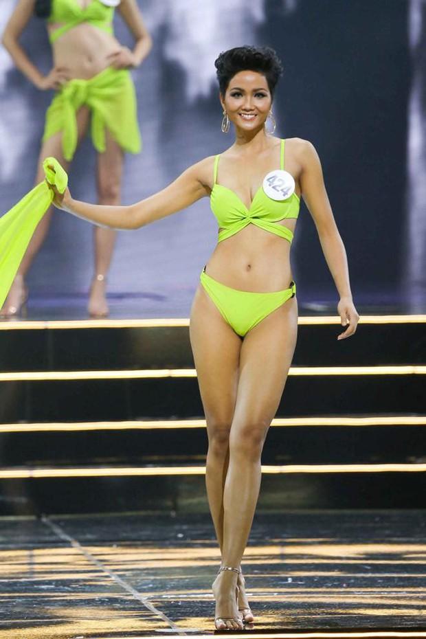 Mặc lại bikini cũ từ 3 năm trước ở Hoa hậu Hoàn vũ Việt Nam, HHen Niê gây choáng với màn F5 vòng eo ngoạn mục nhờ giảm cân - Ảnh 2.