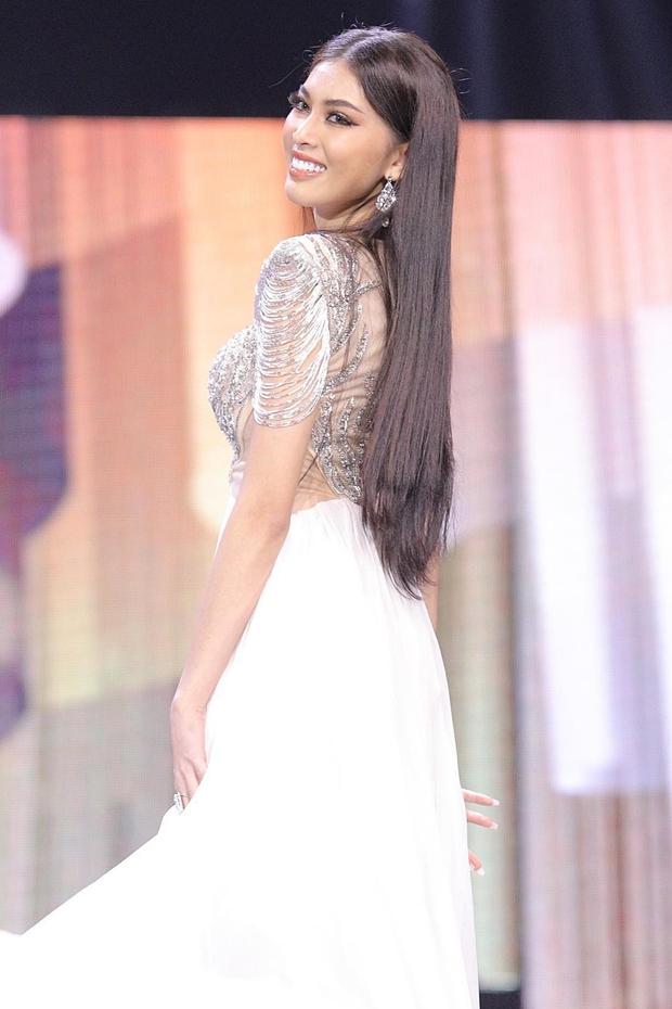 """Ngọc Thảo và hành trình tới top 20 Miss Grand 2020: Thần thái và body cực đỉnh, đôi chân dài 1m11 """"cực phẩm"""" nhưng học vấn gây tranh cãi? - Ảnh 8."""