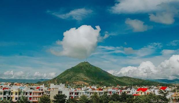 Ai đó bảo rằng Phú Yên có nhiều cảnh đẹp độc quyền, nghe thì hơi quá nhưng cứ xem hết những điều dưới đây bạn sẽ hiểu - Ảnh 11.