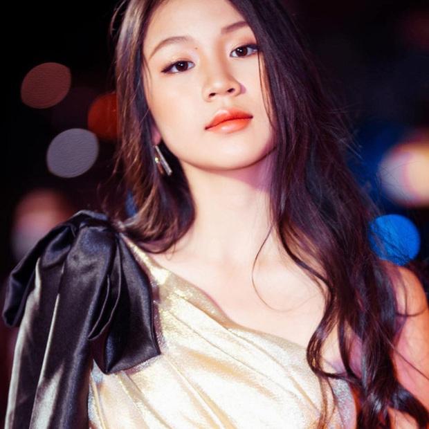 Con gái nữ nhạc sĩ vạ miệng nhất nhì showbiz: 16 tuổi trổ mã xinh như Hoa hậu, theo học ở trường song ngữ tiếng tăm với mức học phí ngất ngưởng - Ảnh 10.
