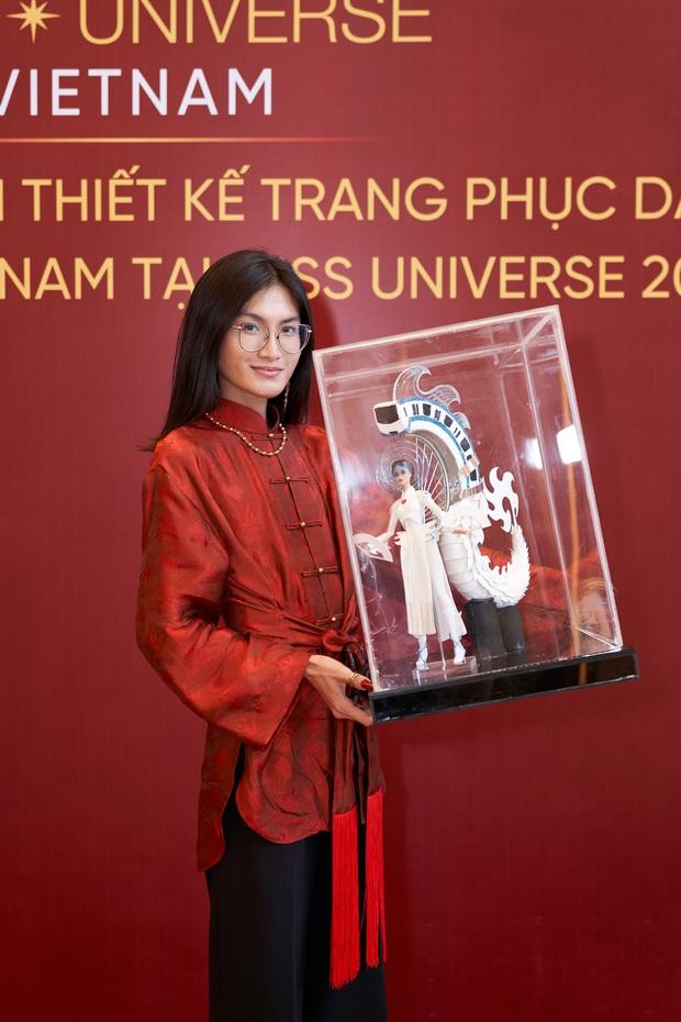 Chính thức lộ diện mẫu thiết kế trang phục dân tộc của Hoa hậu Khánh Vân tại Miss Universe 2020! - Ảnh 2.