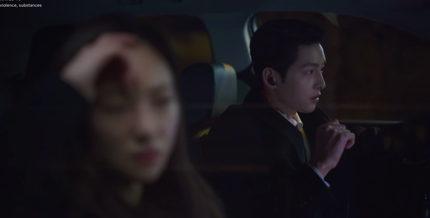 Chỉ xuất hiện 3 giây nhưng chiếc tai nghe của Song Joong Ki trong Vincenzo lại được cộng đồng mạng soi rất kỹ, thì ra là phụ kiện quen mặt - Ảnh 3.
