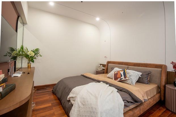 Nhà ngột ngạt ở Hà Nội khác biệt hậu decor: Các chi tiết thừa bị loại bỏ, phòng ngủ xịn mịn nhận không ra - Ảnh 5.
