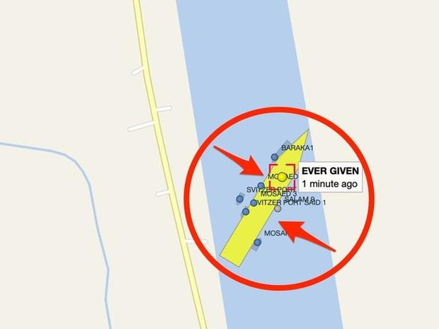 Nỗ lực giải cứu siêu tàu hàng Ever Given tiếp tục thất bại - Ảnh 2.