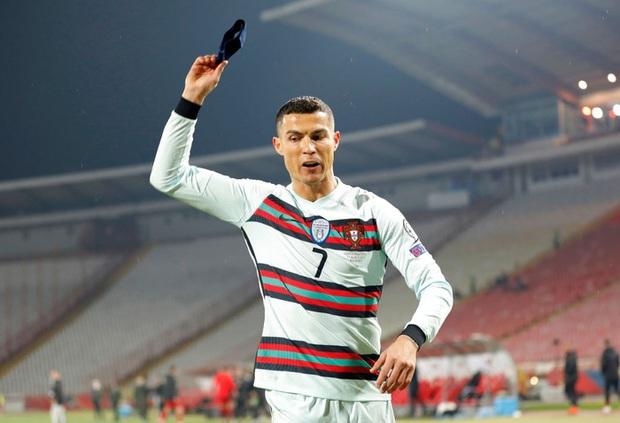 Ronaldo lên tiếng sau vụ mất oan bàn thắng: Lợi ích quốc gia bị tổn hại - Ảnh 2.