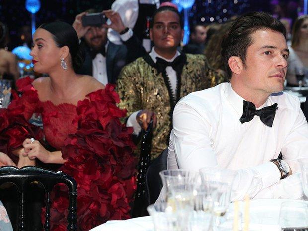 Katy Perry từng làm trò ngó lơ Orlando Bloom để giấu chuyện hẹn hò ở lễ trao giải, ai ngờ nghiệp quật sau 5 năm - Ảnh 4.