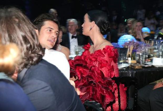 Katy Perry từng làm trò ngó lơ Orlando Bloom để giấu chuyện hẹn hò ở lễ trao giải, ai ngờ nghiệp quật sau 5 năm - Ảnh 5.