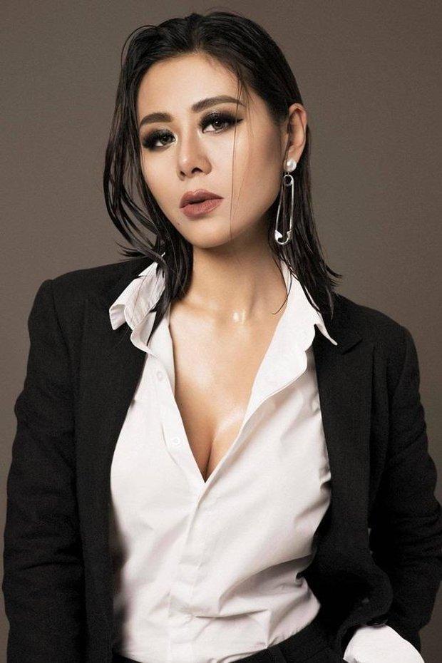 Khánh Vân - người chơi hệ ảnh film mới nổi: Nam Thư bỗng đẹp như Phạm Băng Băng, Hậu Hoàng hiền khô khác hẳn chính chủ tự chụp - Ảnh 2.