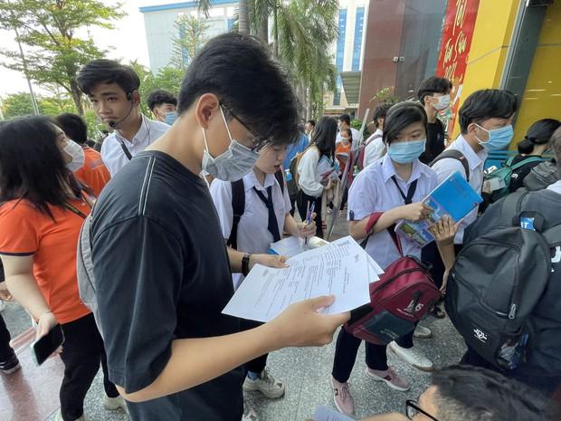 Trên 70.000 thí sinh bước vào kỳ thi Đánh giá năng lực đợt 1 xét tuyển vào đại học - Ảnh 5.