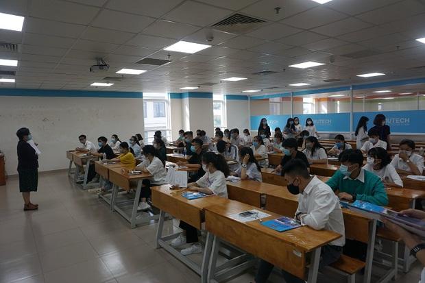 Trên 70.000 thí sinh bước vào kỳ thi Đánh giá năng lực đợt 1 xét tuyển vào đại học - Ảnh 7.